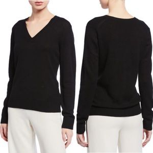 Theory | Black V-neck Wool Sweater | Size M